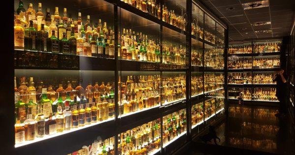 Quel whisky offrir à un puceau du malt ? - Whiskyleaks
