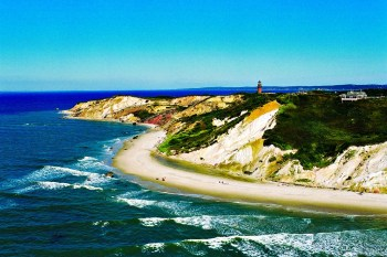 Island Hopping in Massachusetts: Imagine Exploring Islands Like Nantucket, Martha's Vineyard and Cape Cod! Perfect for Families, Couples and the Solo Traveler. #XploreMass