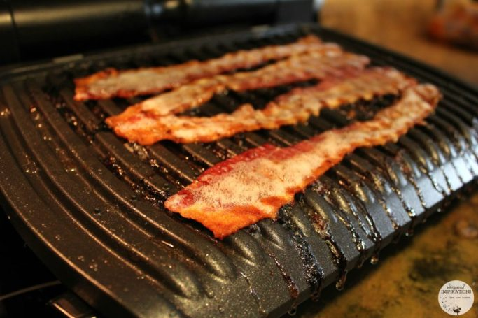 Bacon grilling on the T-fal Optigrill.