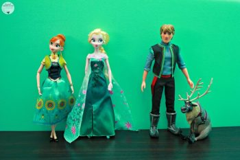 Frozen Fever Deluxe Doll Gift Set: Make Any Frozen Fan Happy This Year with This HOT Toy!