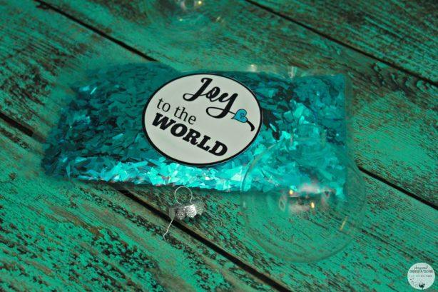 HP-Joy-To-The-World-Ornament-06