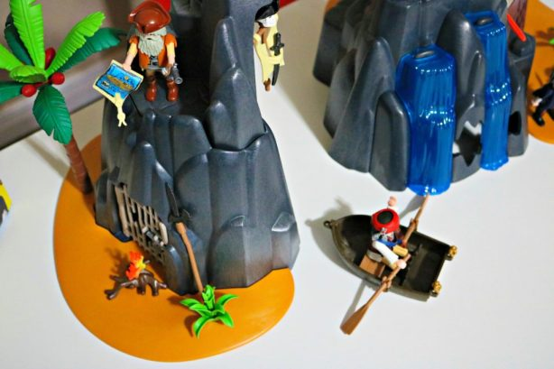 Countdown to Christmas with PLAYMOBIL Advent Calendars & More + Giveaway!