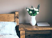 Mastering an Old-World Dcor Style for Your Bedroom ...