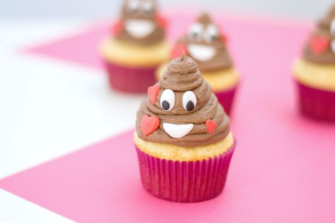 The finished product of the poop emoji cupcake.