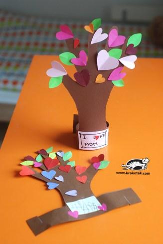 hand print heart tree