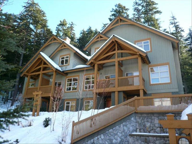 Whistler mountain star vacation rentals whistler for Whistler cabin rentals
