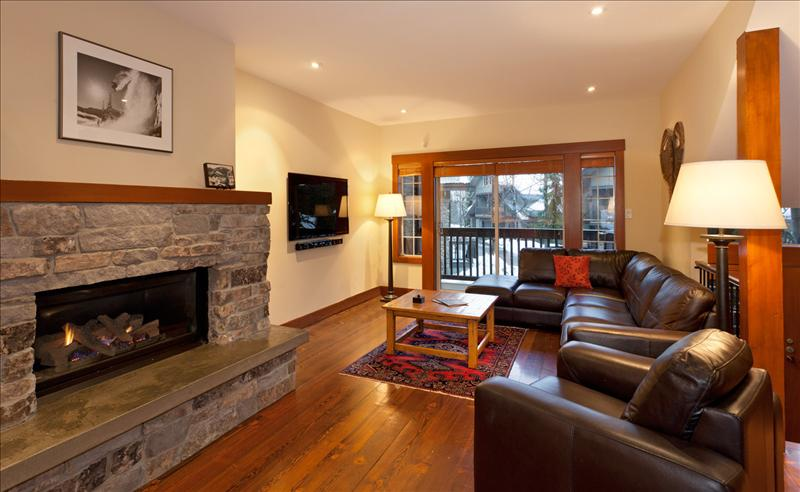 Snowy Creek, 5 Bedrooms,SKI-IN/SKI-OUT Location, Hot Tub Pictures