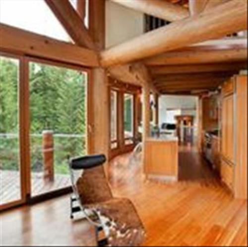 Whistler Whistler Executive Rental Home :: Ski In to Whistler Creek Photo 3