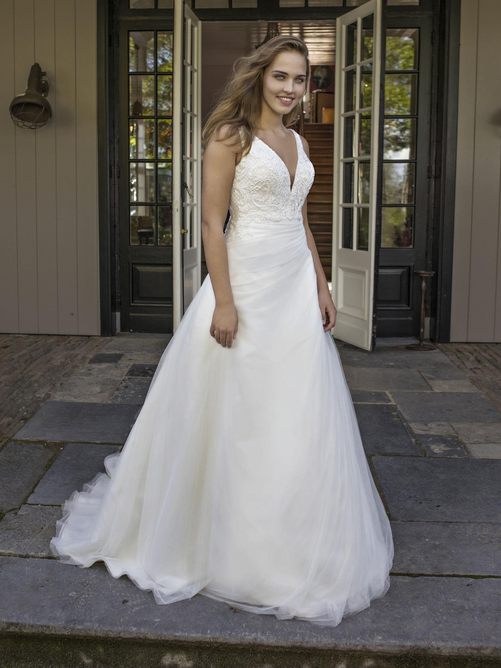 Robe de mariée princesse grande taille Daniella
