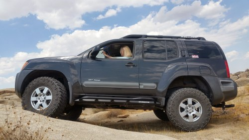 small resolution of nissan xterra 2005 2015 rock sliders