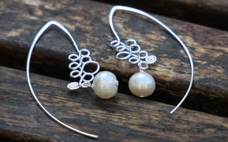Silver Pearl Earrings 1