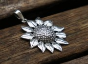Silver Sunflower Pendant 2