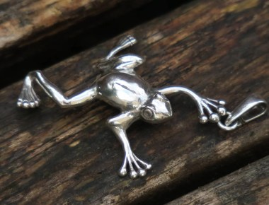 Sterling Silver Frog Pendant 1