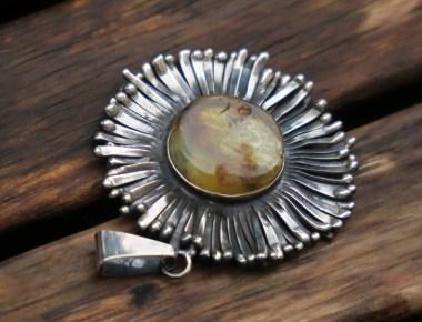 Amber Flower Pendant 1