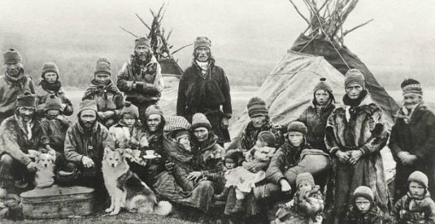 nordic_sami_people_lavvu_1900-1920-for-site