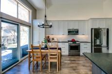 Gallant Court Kitchen Apple Valley (10)