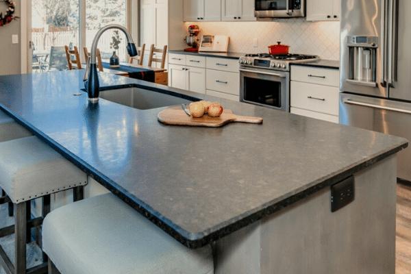 Kitchen Design Features for Entertaining - Prior Lake, MN