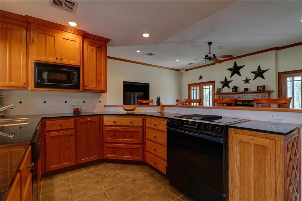 3 Open Houses in White Bluff Under $250,000