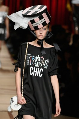 Trash Chic Moschino Autumn Winter 2017
