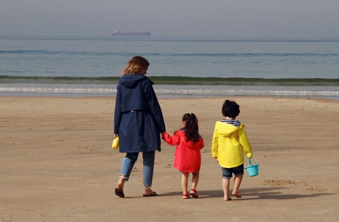 lighthouse children and women coat review - walking towards the sea together
