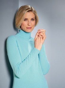 Luxury Cashmere roll neck in aqua