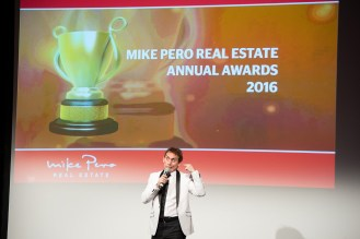 mike-pero-sales-awards-gala-dinner-018