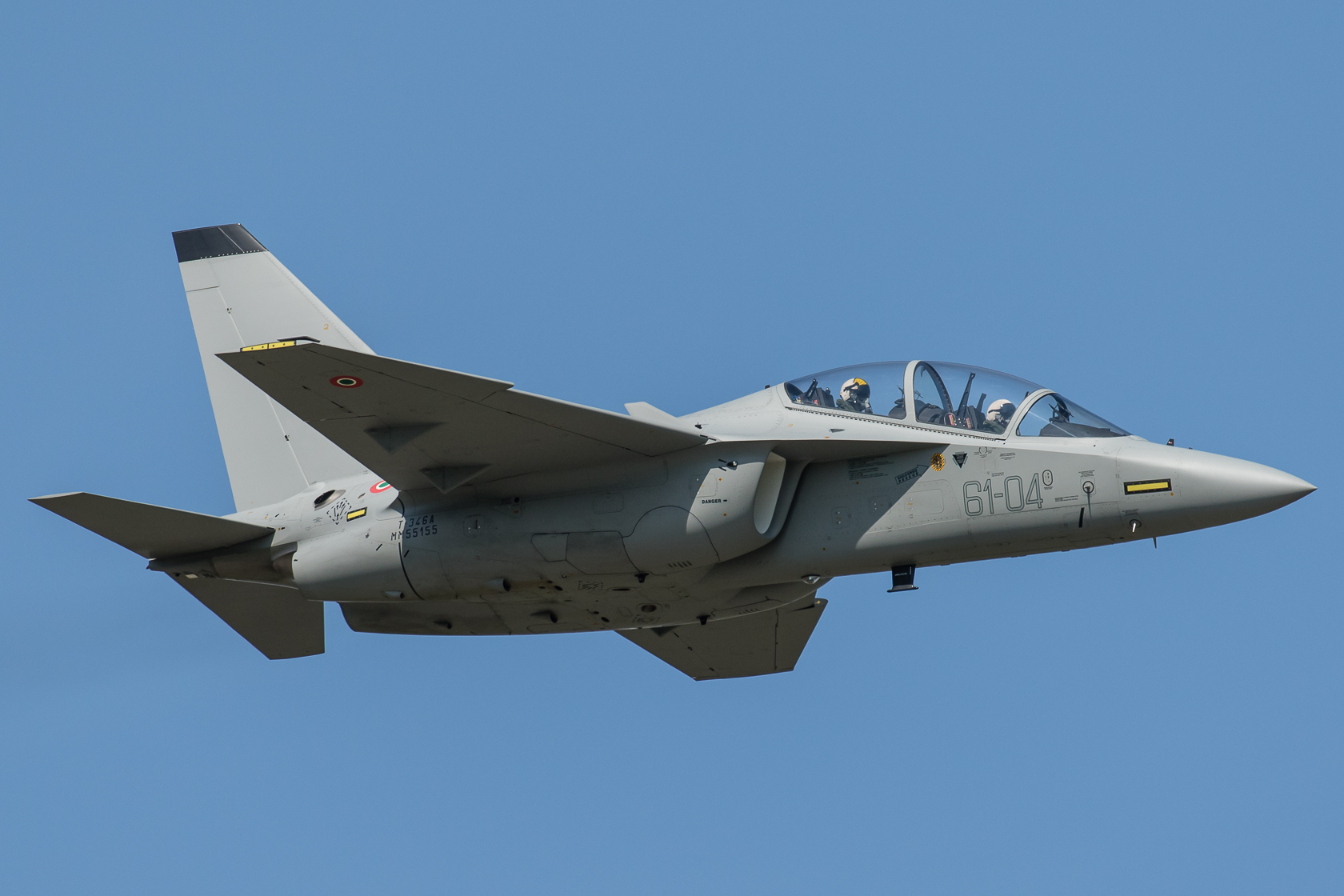 An M-346 in flight. General Dynamics was originally slated to offer a trainer based on the M-346, but it later backed out, leaving Raytheon to team with Leonardo-Finmeccanica instead.
