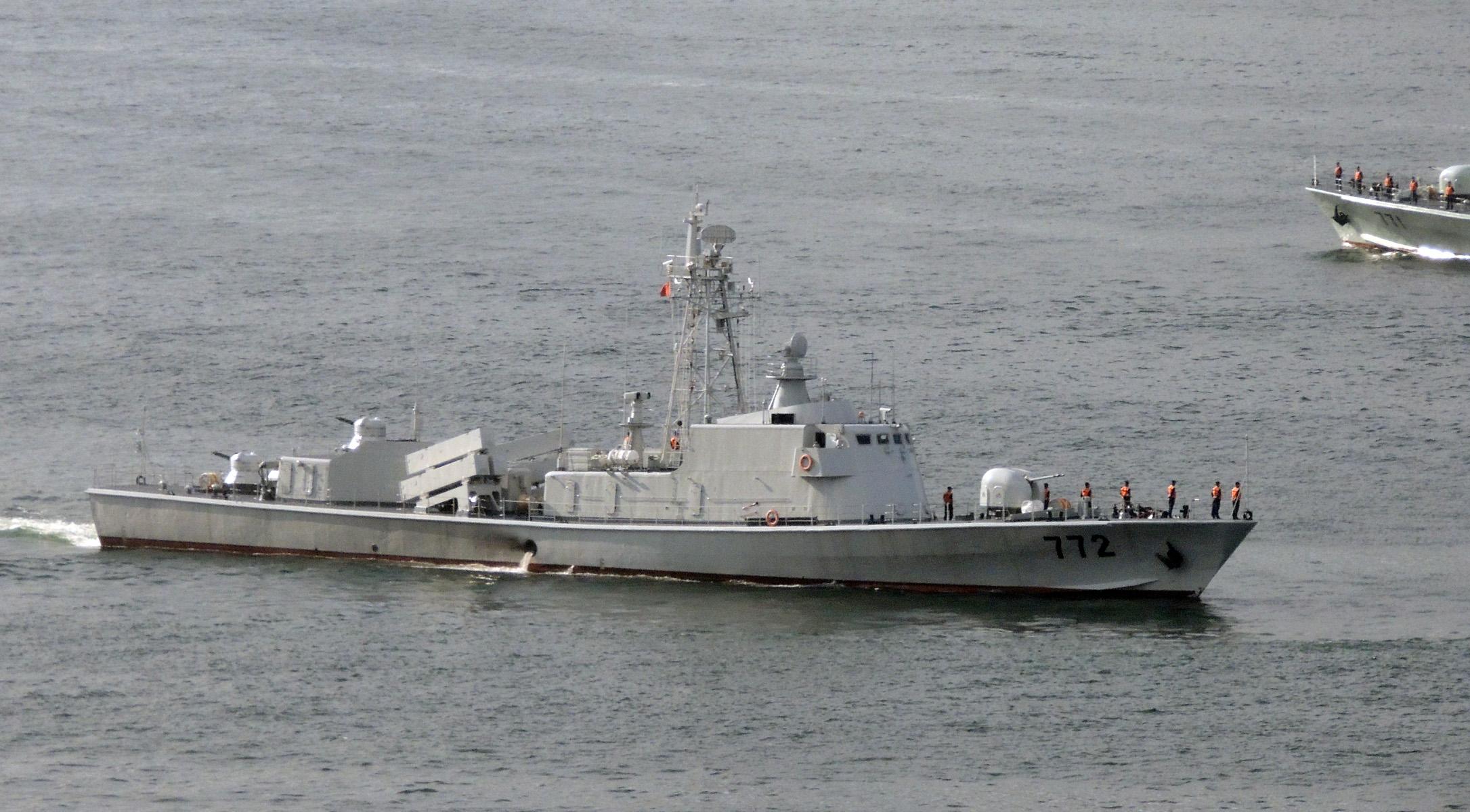 駐港部隊艦艇大隊037II型-772導彈艦_2012a