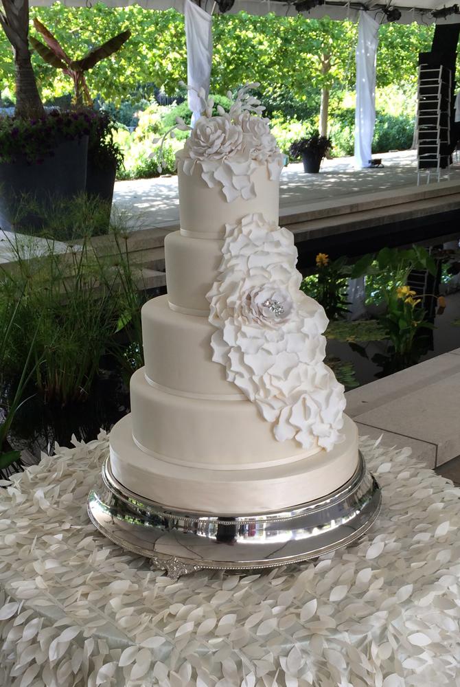 Fondant Wedding Cake Gallery White Flower Cake Shoppe