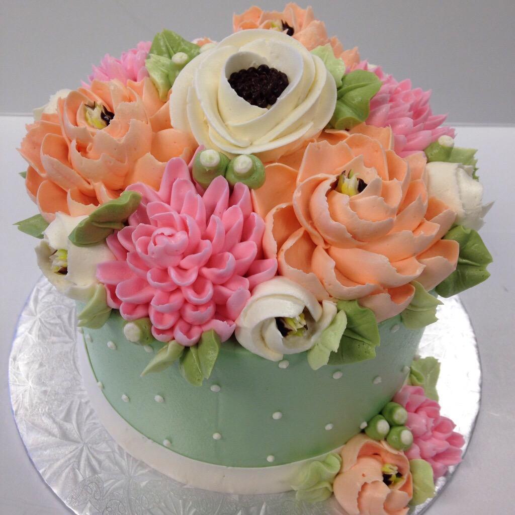 Whats Trending In Buttercream Cake Designs White Flower