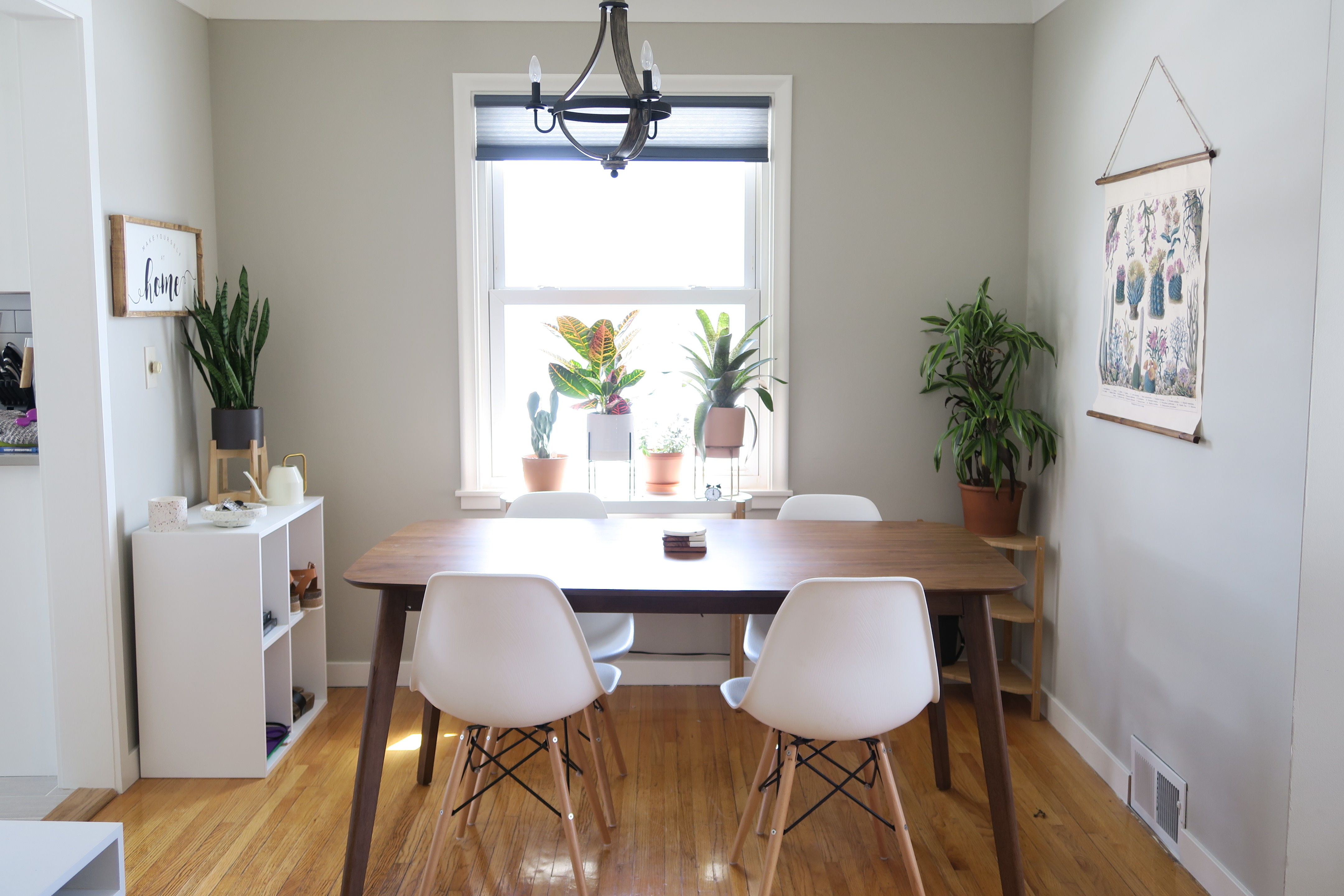 My Home Dining Space White Girl In A Crowd