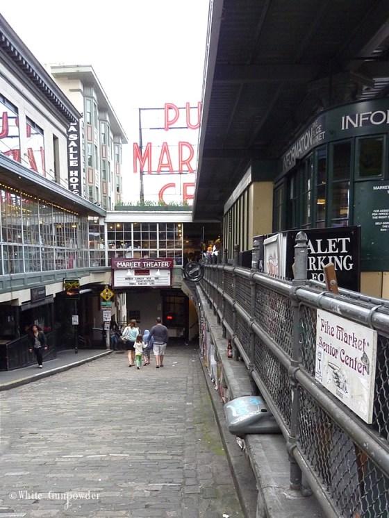 Pike Place Market gum wall, Newsstand & info center