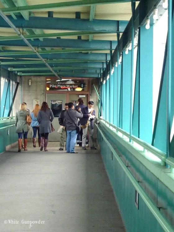 Pike Place Market, skybridge