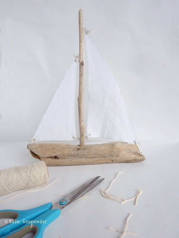 Diy driftwood sailboats white gunpowder solutioingenieria Choice Image