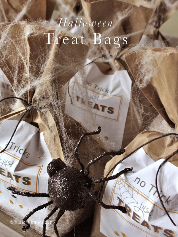 halloween-no-tricks-just-treats-bags