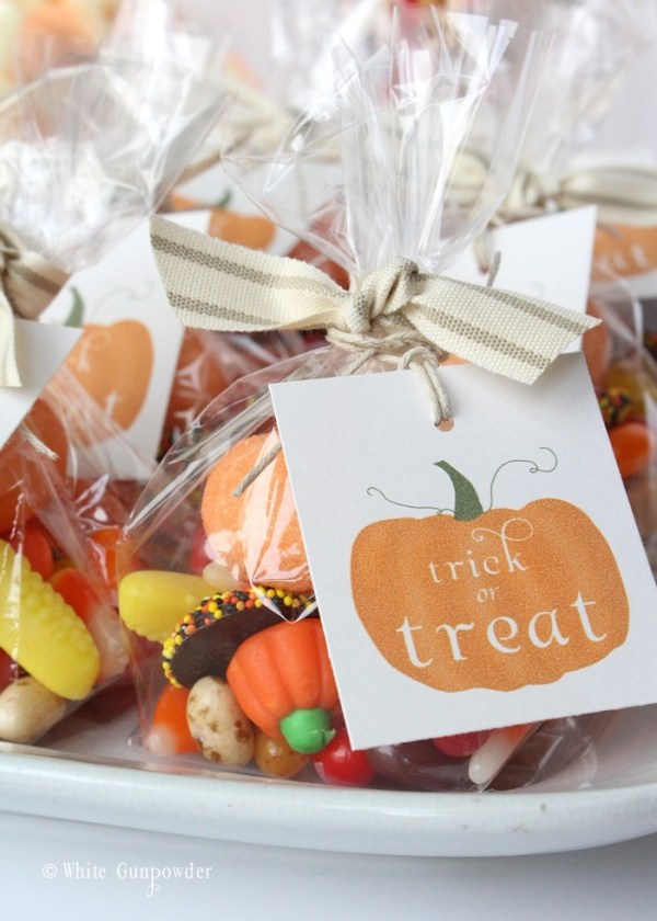 Halloween- pumpkin tags -candy bags
