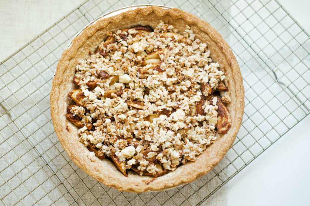 granola topped apple pie, unbaked