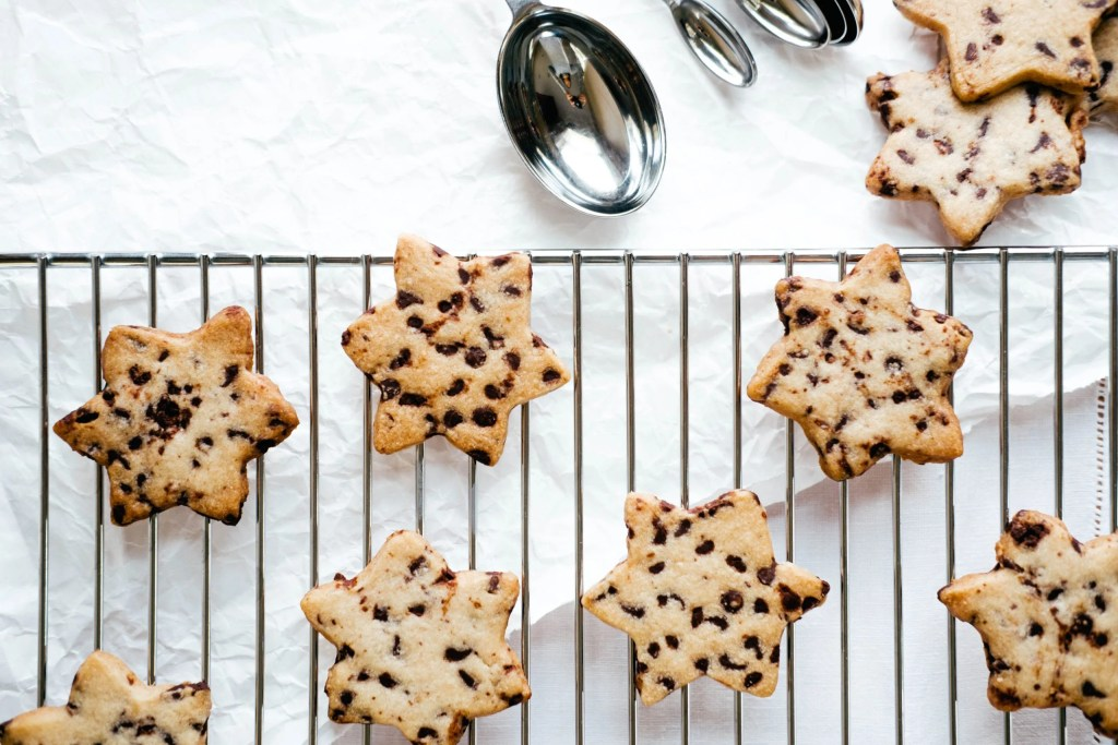 star shaped chocolate chip cookies