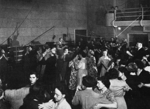 DANCING IN STUDIO ONE to Norman Brooks and his Lancers - and the music of those Hansom Days.