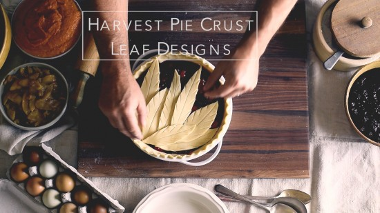 Tutorial sobre cómo hacer diseños de pastel de hojas. Leaf Pie Dough para Holiday Pie Designs Thanksgiving Pie Design | @blanco
