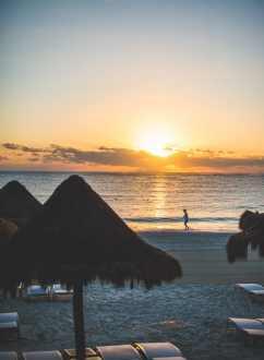 Sun Rise at Fairmont Mayakoba, Riviera Maya Mexico | @whiteonrice