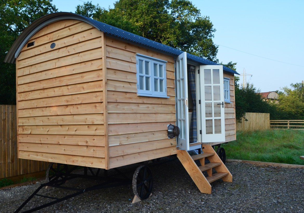 Cedar clad Holiday Hut