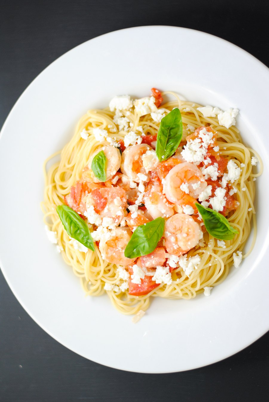 Shrimp with pasta and feta