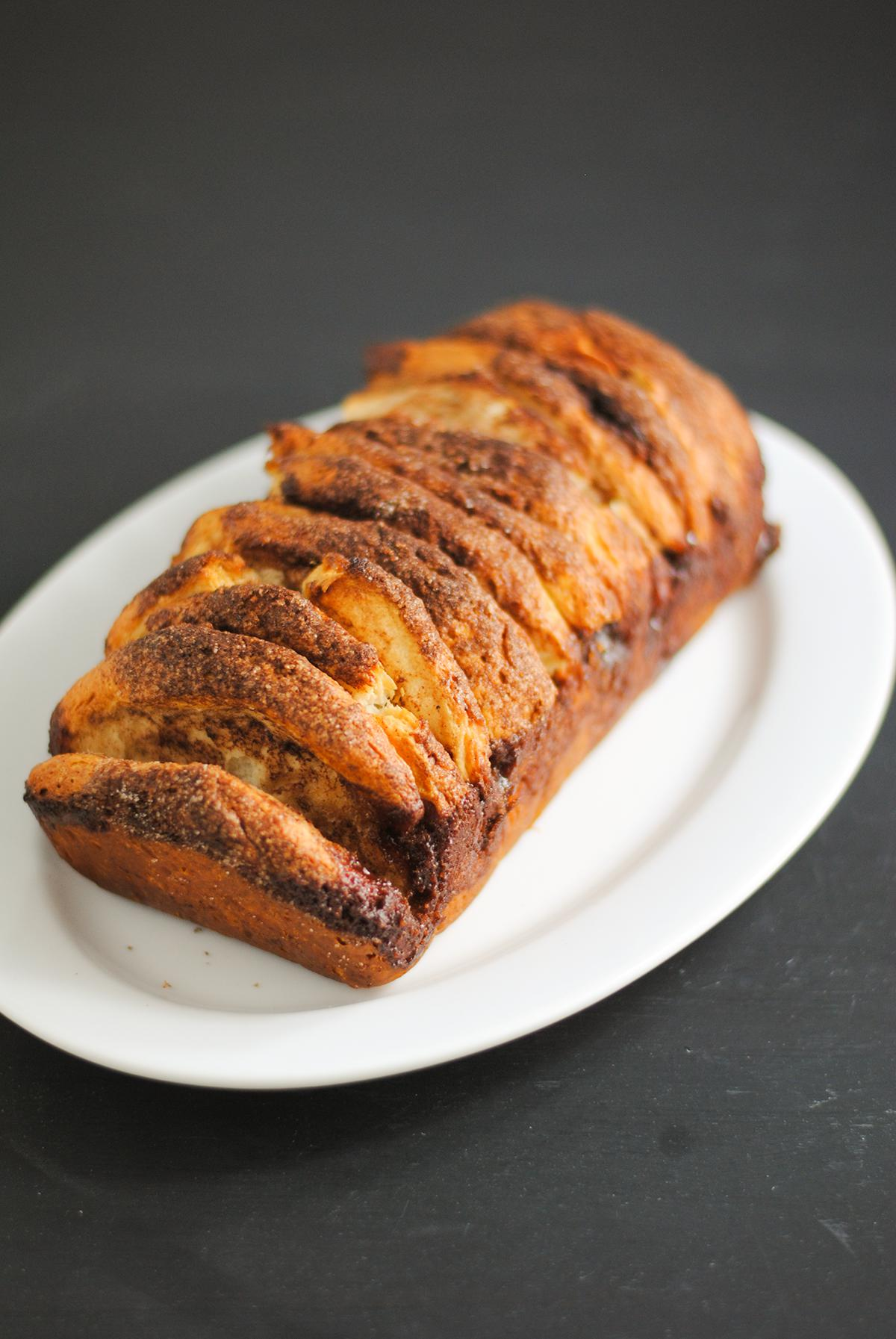 brown sugar cinnamon pull-apart bread