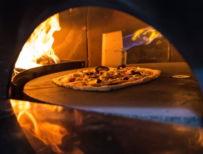 pizza cooking in marana
