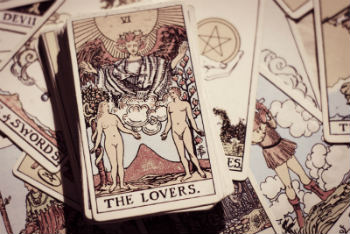 LOVE Tarot - Everything You Need to Know. Reliable and Free