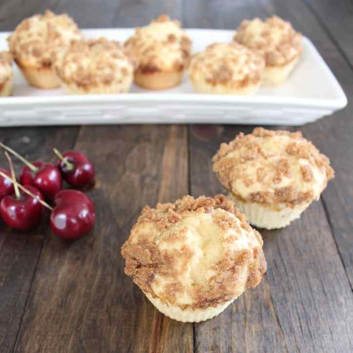 Maple Muffins with Brown Sugar Crumble