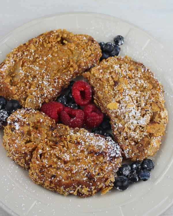 crunchy french toast, cornflake french toast, cornflake crusted french toast, blu jam cafe french toast recipe, cornflake french toast recipe, brunch, breakfast, recipes