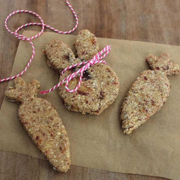 Gluten Free 10 Minute Easter Breakfast Bars