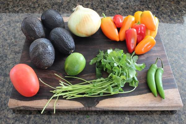 Guacamole Stuffed Pepper Ingredients